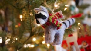 Holiday Shopping and Dining in Downtown Gananoque
